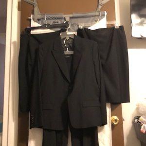 Elie Tahari black womens suit set 12/14